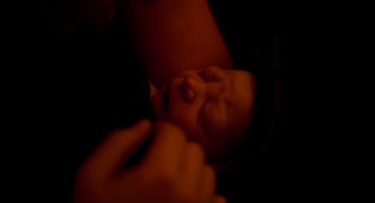 Kleiner Mann aus Geburtspool