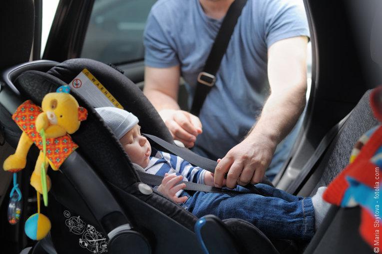 Von Anfang An Sicher Im Auto Nur Mit Babyschale Hebammenblog De