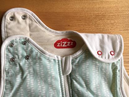 Die Druckknöpfe am Babyschlafsack von ziZzz