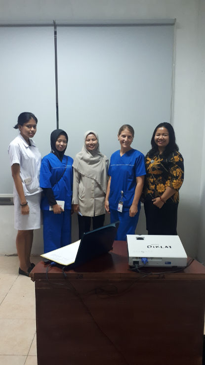 Hebammen-Arbeit im Krankenhaus von Medan