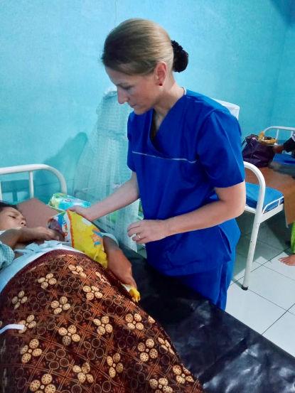 Stillhilfe-Arbeit im Geburtshaus in Indonesien